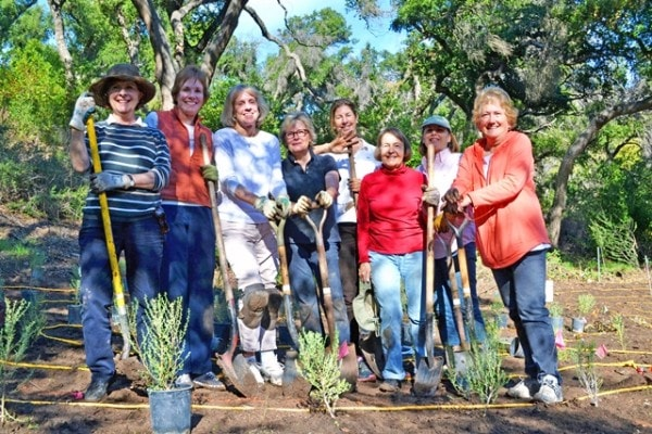 group with shovels2